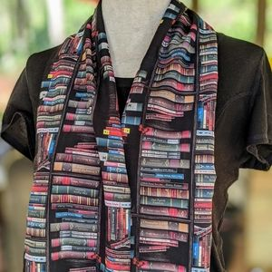 Book Lover's Scarf #hundredsofscarves